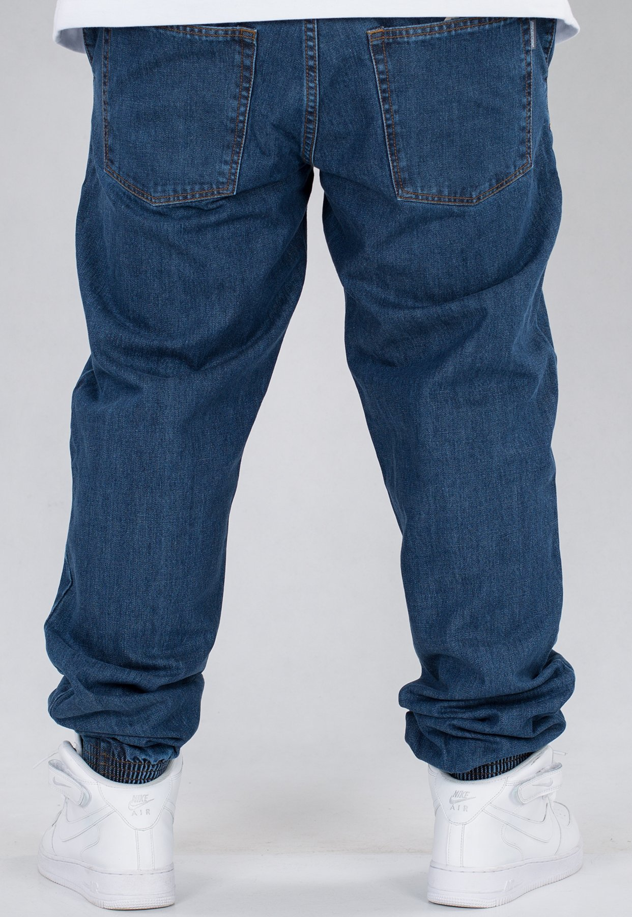 516707811a744 Spodnie SSG Joggery Regular Jeans Classic medium blue